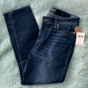 Lucky Brand jeans, NWT.